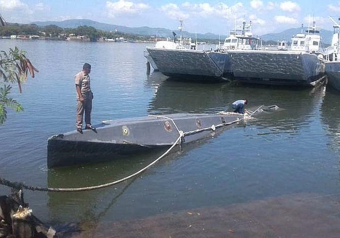 Submarino transportaba dos toneladas de cocaína valoradas en $50 millones