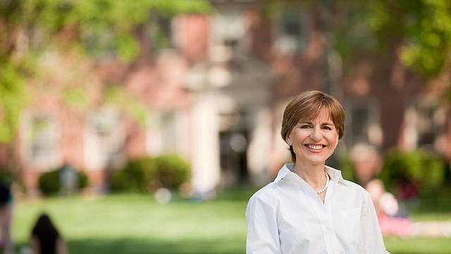 Pilar Cabeza de Vaca es directora de la escuela Madeira desde 2010