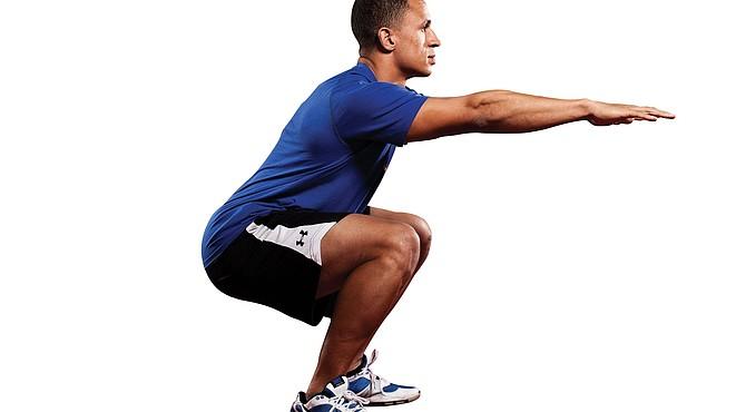 Hay que mantener 20 segundos las posición para completar el ejercicio de sentadilla.