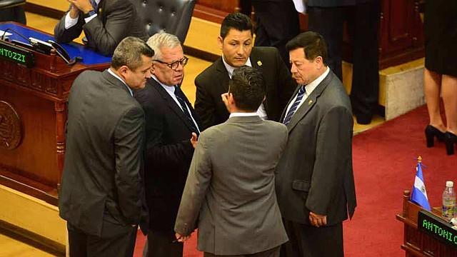 Diputados superan veto a ley de Fiscalía que suspendió a El Salvador de grupo internacional anticorrupción