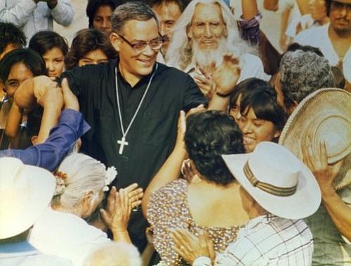 """Relanzarán la película clásica """"Romero"""" en honor a la canonización del arzobispo salvadoreño"""