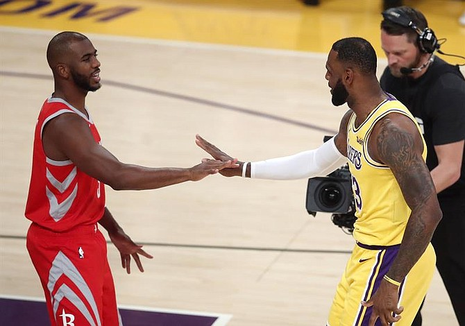 Los Lakers podrían tener nuevo entrenador próximamente