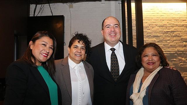 Claudia Ortiz, Gladys Oliveros, Rafael Ulloa y Teresa Rodríguez