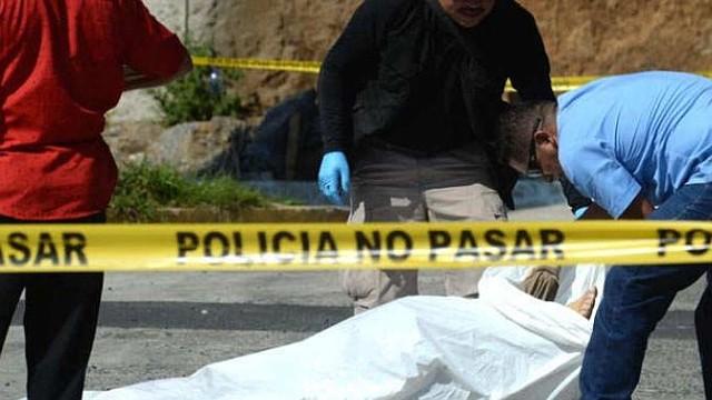 SUCESOS. La policía no descarta no descarta que el crimen esté relacionado con las pandillas
