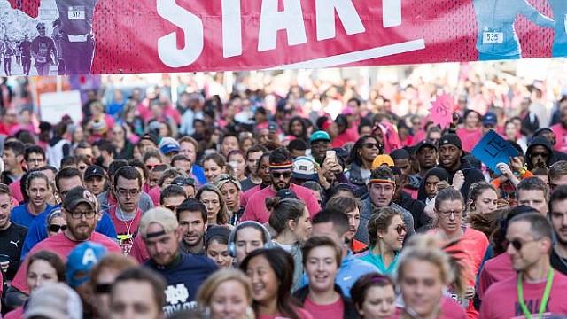 """SALUD. La """"Caminata para acabar con el VIH"""" se viene realizando desde hace 32 años para educar y concienciar a la población"""