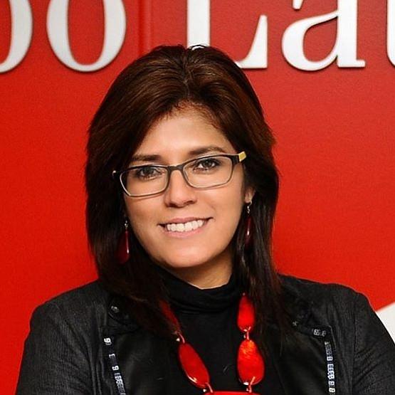 """BRONCE. Meléndez-Vela se llevó el Bronce en la categoría Premio Artículo De Negocio Local Destacado con """"La cocina de las oportunidades"""""""