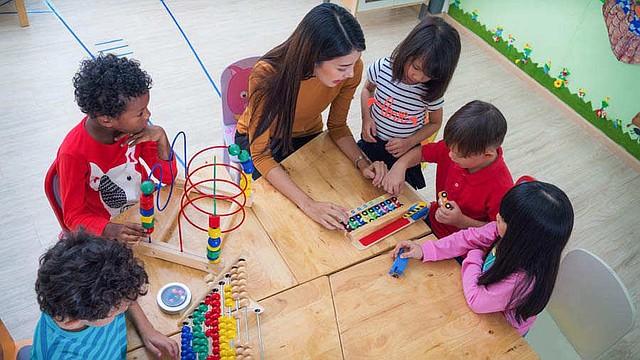SINGAPUR - El éxito singapurense radica en su metodología de enseñanza. En los primeros seis años básicos se construye el futuro.