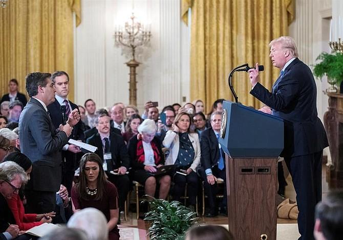 Casa Blanca retira credencial a periodista de la CNN