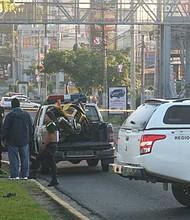 EL SALVADOR. William Humberto Calderón, de 27 años y su acompañante, Gabriela Saravia falleciendo en el lugar