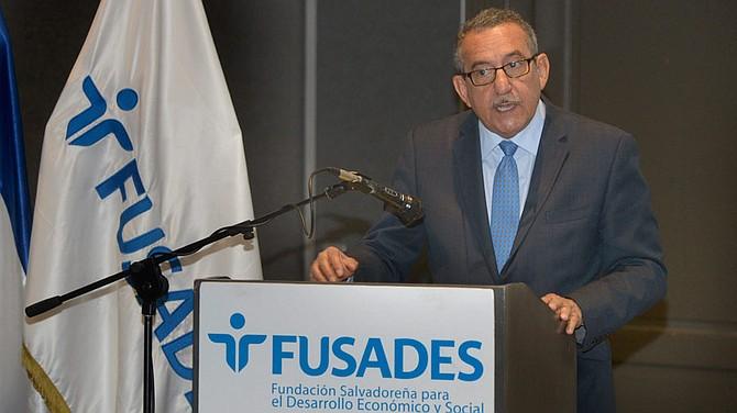 POLÍTICA. Florentín Meléndez, ex magistrado de la Sala de lo Constitucional de El Salvador