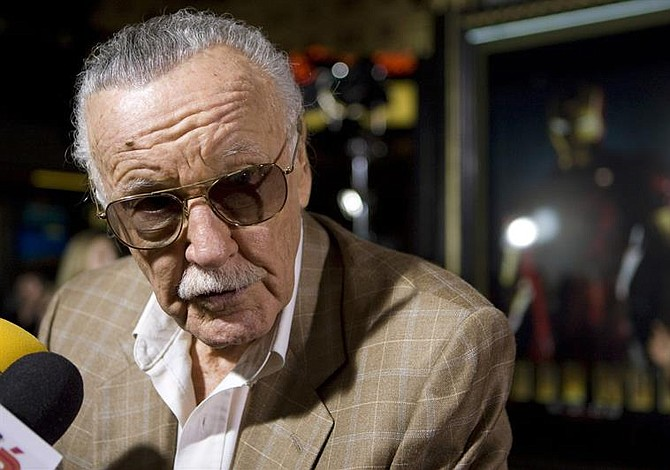 Certificado médico revela causa de muerte de Stan Lee