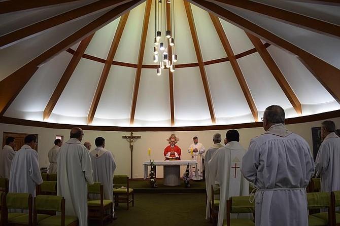 ENCUENTRO. Scapolo resaltó durante la homilía que como servidores deben trabajar por el bien de la Iglesia y de toda la sociedad.