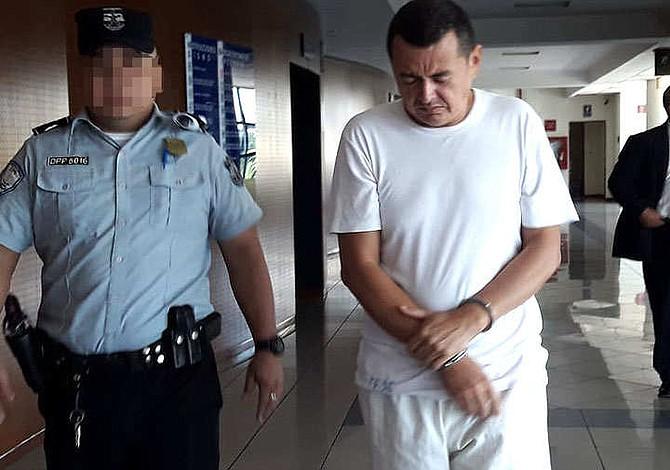Exdiputado salvadoreño es condenado a siete años de cárcel por violación