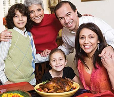Celebración de Thanksgiving para todos.