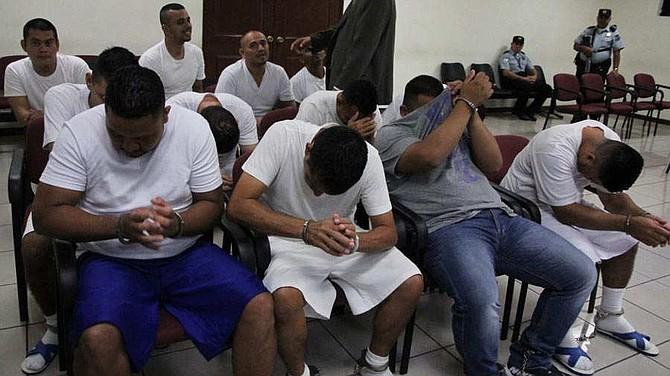 EL SALVADOR - La banda operaba en San Vicente, San Salvador, Sonsonate, Chalatenango, entre otros departamentos, informó la Fiscalía.
