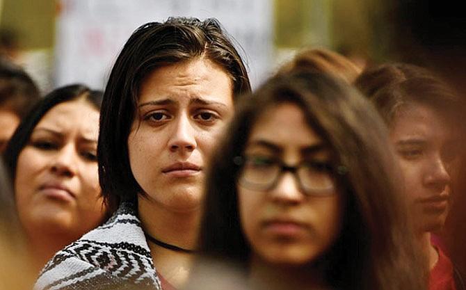 Hispanos perciben con pesimismo la actualidad del país