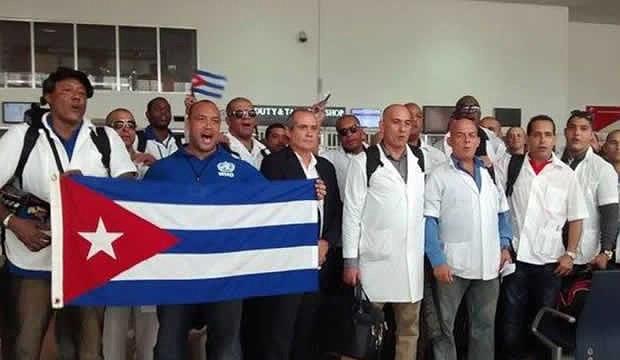 MEDIDAS. Además de sustituir a esos 8.332 médicos cubanos que ejercían activamente, también se reemplazarán otros 185 médicos de cooperación que estaban en el periodo de receso.