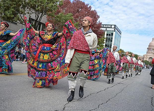 El desfile de Chuy's