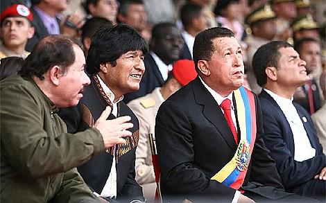 Daniel Ortega (Nicaragua) y Evo Morales (Bolivia), Hugo Chávez (Venezuela) y Rafael Correa (Ecuador).