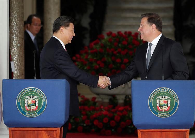 Presidente Xi visita esclusas del Canal ampliado de Panamá