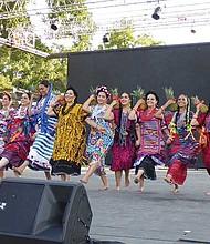 Oaxaca Arte en Movimiento.