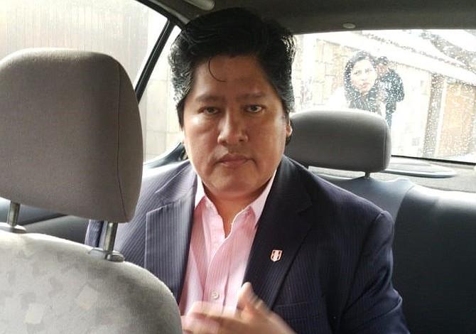 Detuvieron al presidente de la Federación Peruana de Fútbol