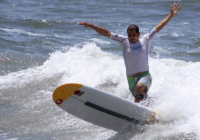 Salvadoreño rescató a atleta mexicana de ahogarse en Perú
