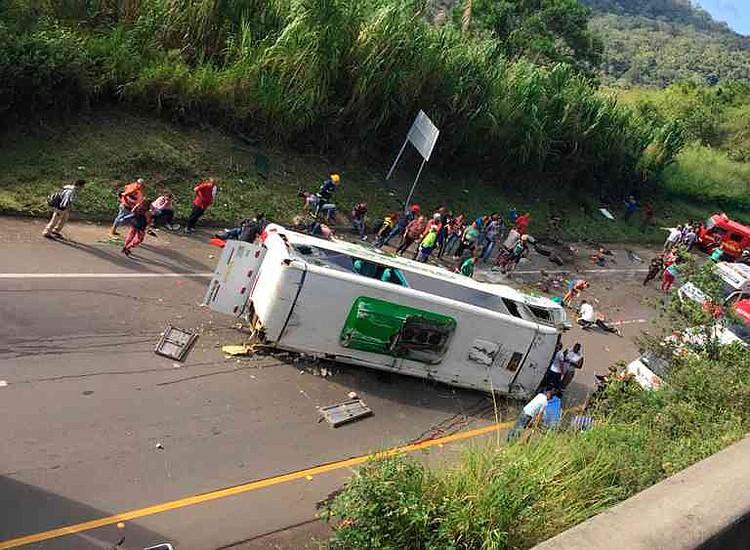 Fiscalía asume investigación por el accidente de bus en Yotoco