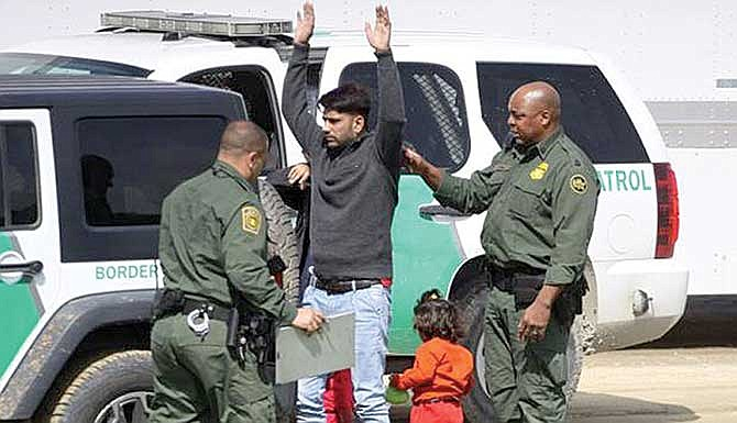 Arrestos de indocumentados en la frontera baten récord