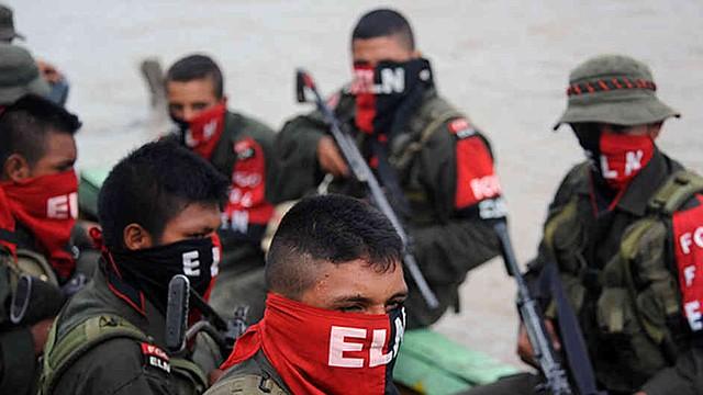 COLOMBIA. A las 00:00 horas de este domingo 23 de diciembre comenzó el cese al fuego unilateral decretado por el Ejército de Liberación Nacional