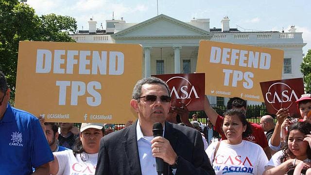 MIGRACIÓN. La prórroga del TPS finaliza en septiembre del próximo año, en este tiempo, los más de 200 mil salvadoreños amparados en él, han tenido que realizar un complejo proceso para poder quedarse en EE.UU.