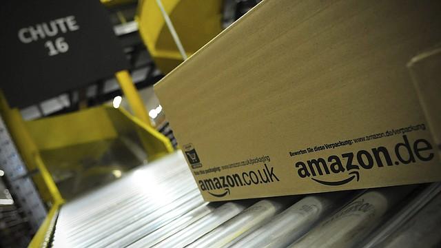 AVANCE. Las acciones de Amazon ya han subido un 10% este año. Y Bezos, gracias en gran parte a su participación del 16% en Amazon, tiene una fortuna aproximada de 135 mil millones de dólares, según Forbes y Bloomberg.