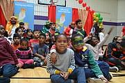 EMOCIÓN. Con mucha alegría los niños esperaban la llegada de los tres Reyes Magos. | Tomás Guevara - ETL