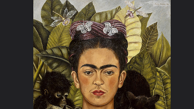 Autorretrato con collar de espinas y colibrí. (Nickolas Muray Collection, Harry Ransom Humanities Research Center, The University of Texas at Austin).