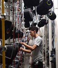 EL SALVADOR. El sector maquila y los textileros nacionales serán los más afectados en un escenario donde se cancele el TLC