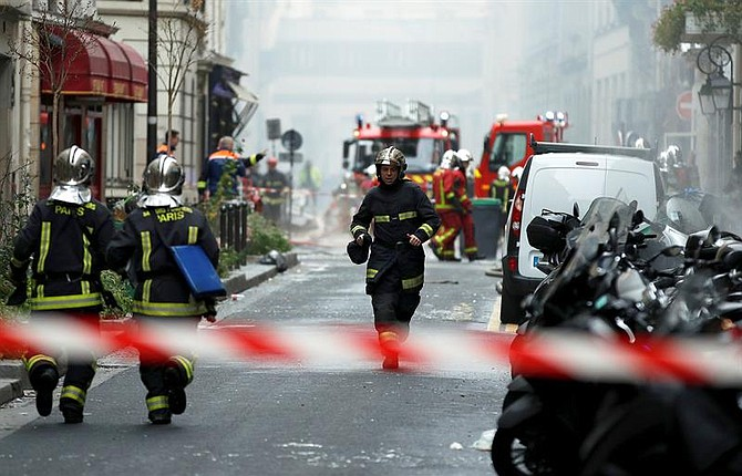 SUCESO. En la explosión, según ha informado la prefectura de la Policía francesa, han muerto también al menos dos bomberos.
