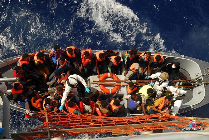 INMIGRACIÓN. La Armada, además, reiteró su llamado los ciudadanos dominicanos a no dejarse engañar por personas desaprensivas que organizan esos viajes irregulares.