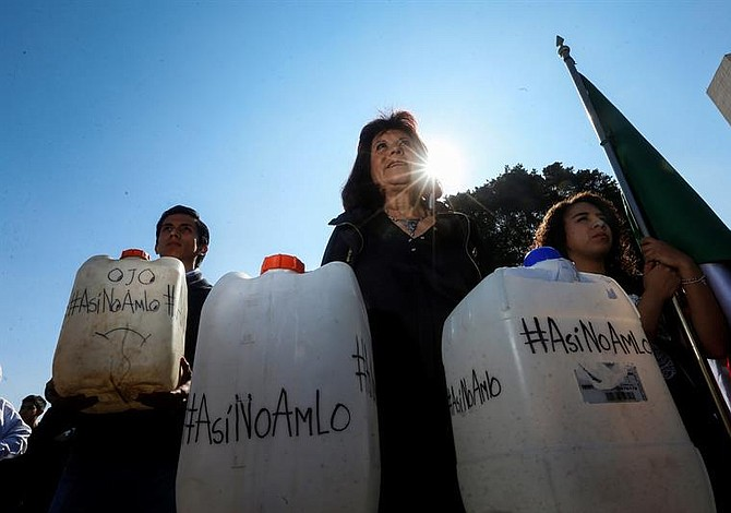 López Obrador reitera promesa de normalizar el combustible en México