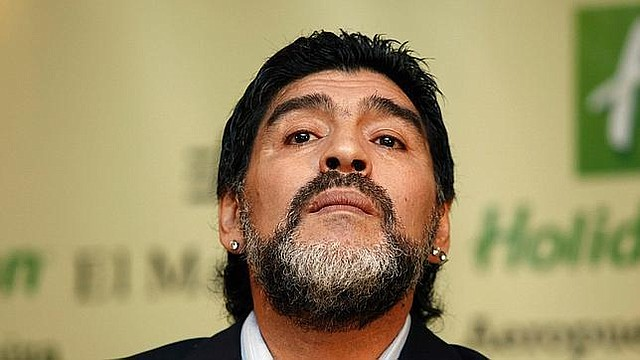RECUPERACIÓN. Se espera que en cuanto Maradona se recupere, regrese a México a la brevedad para reincorporarse como director técnico de Dorados, equipo en el que anunció recientemente su continuidad.