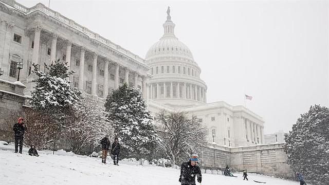 CLIMA. El área metropolitana de Washington, DC está bajo una advertencia de tormenta invernal y espera acumulaciones de nieve de 6 a 12 pulgadas