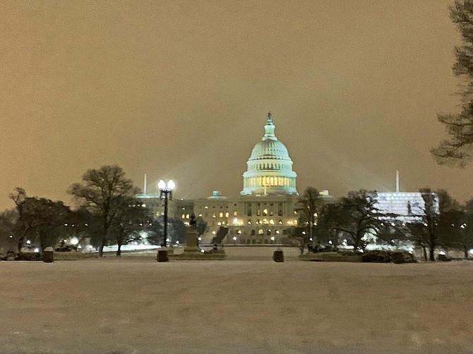 TIEMPO. Foto tomada en Washington DC durante la tormenta de nieve