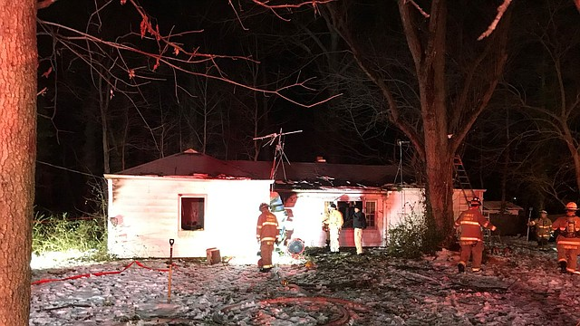 SUCESO. Incendio ocurrido en el bloque 7700 de Schelhorn Road