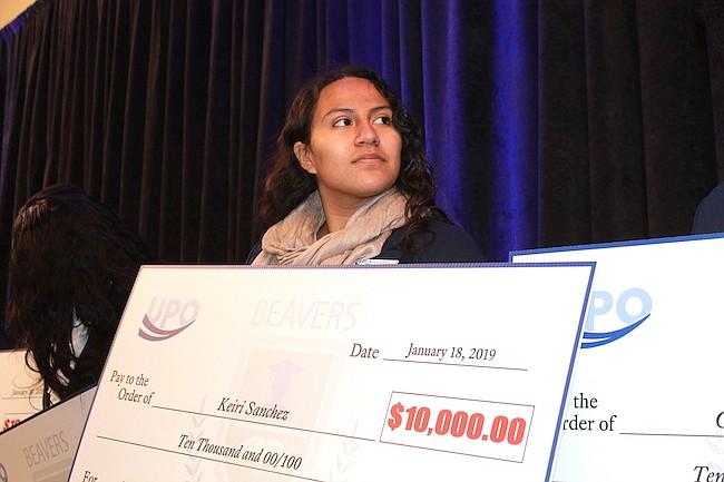 LATINA. Keiri Sánchez, la única estudiante latina que recibió una beca de UPO para perseguir su sueño de ser piloto.
