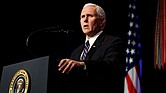 NACIONAL. El vicepresidente estadounidense, Mike Pence, durante un acto celebrado en el Pentágono, Arlington
