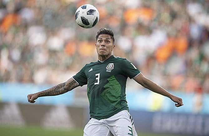 Carlos Salcedo es refuerzo de Tigres