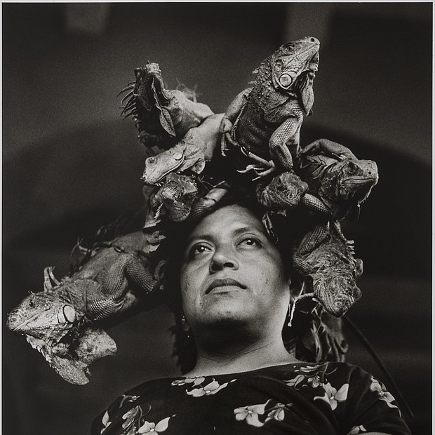 Our Lady of the Iguanas, Juchitán, México / Nuestra Señora de las Iguanas, 1979