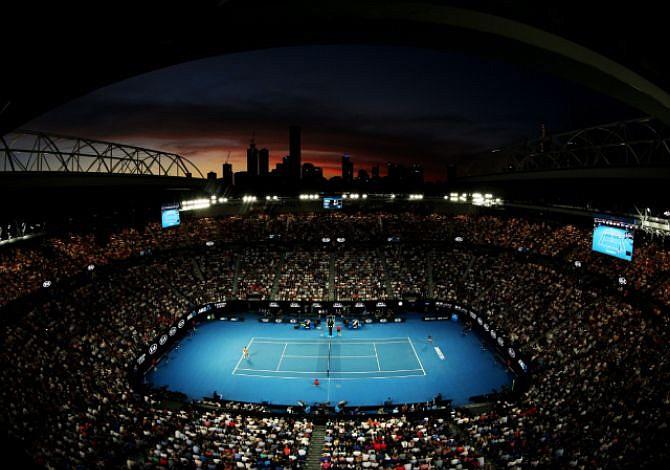 Australia se rinde a los pies de Djokovic y Osaka