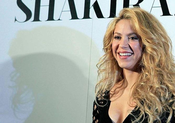 Shakira celebra su cumpleaños 42 y sigue diciendo que las caderas no mienten