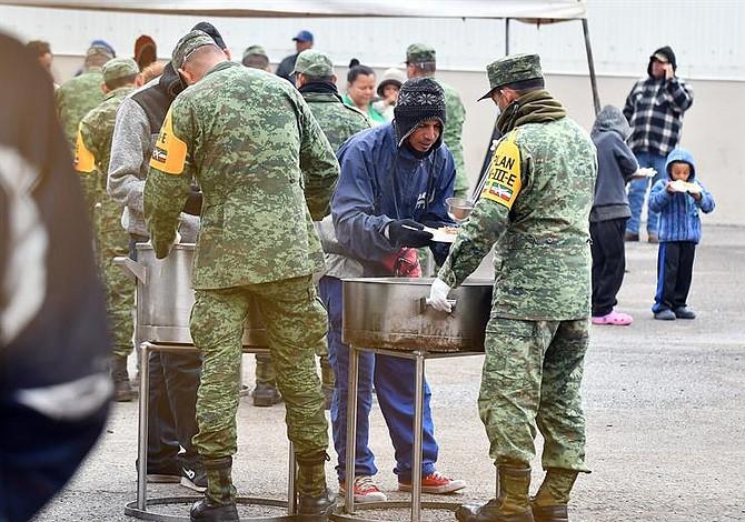 Más de mil 500 migrantes piden asilo en México desde la frontera con EE.UU.