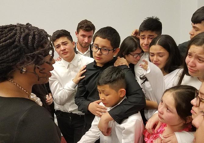 Niños de Boston dramatizaron obra de teatro sobre el TPS en Washington DC
